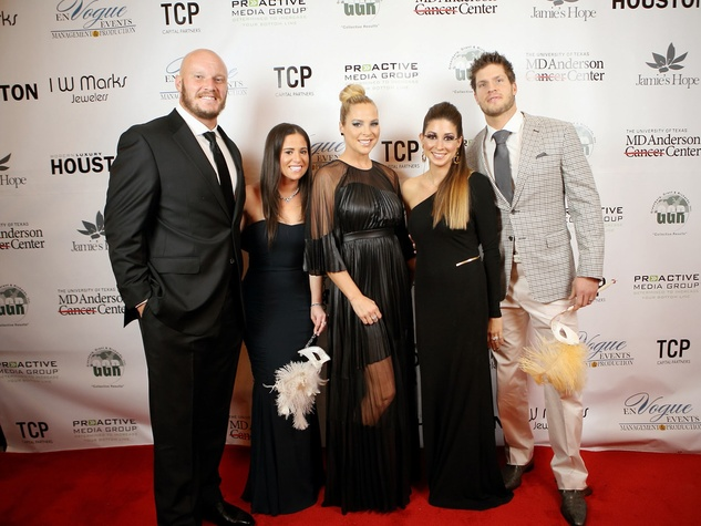 10 Chris Myers, from left, Tara Miller, Jenny Myers and Kevin and Caroline Walter at Hope Masquerade for a Cure Gala November 2013