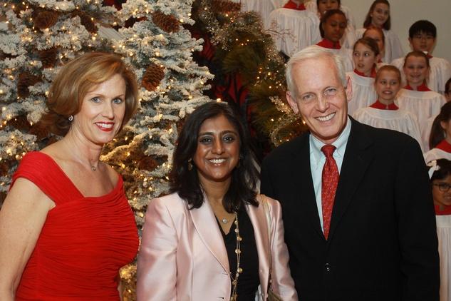 News_Shelby_MD Anderson Santa's Elves_Barbara Aksamit_Dr. Joya Chandra_Steve Roddy