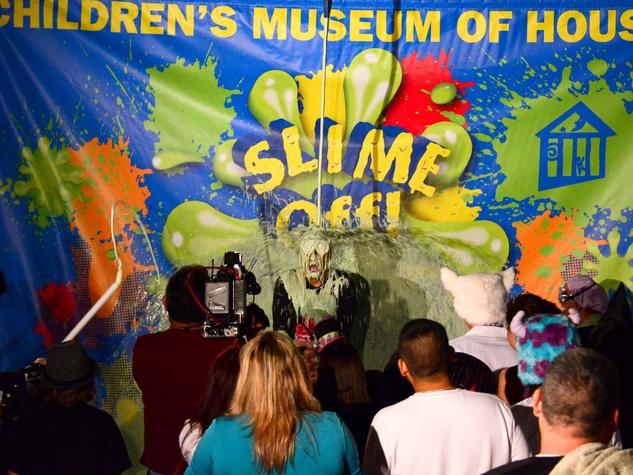 2 Children's Museum Houston slime-off October 2013 KPRC new feature reporter Ruben Galvan