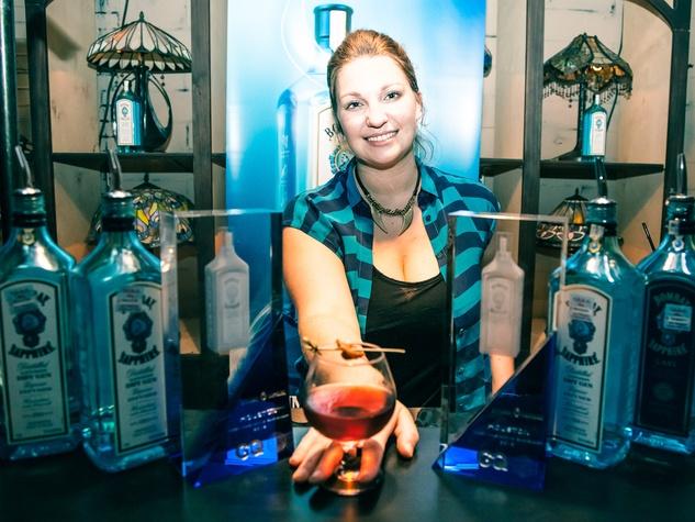 Lindsay Heffron, bartender, Liberty Station, cocktail, drink