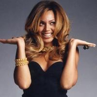 Beyonce, black dress, gold jewelry