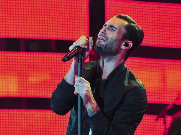 Maroon 5 Adam Levine earnest