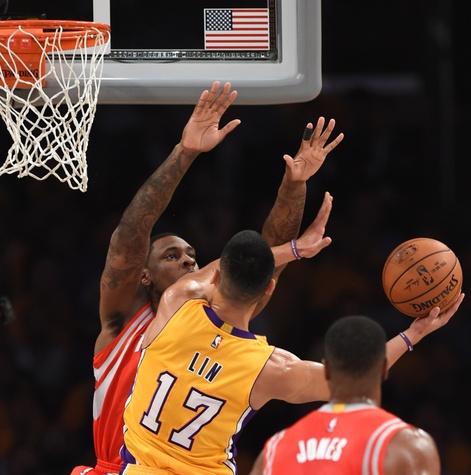 Jeremy Lin rim Lakers