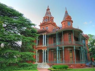 Austin photo: Places_Weird_Littlefield House_Exterior
