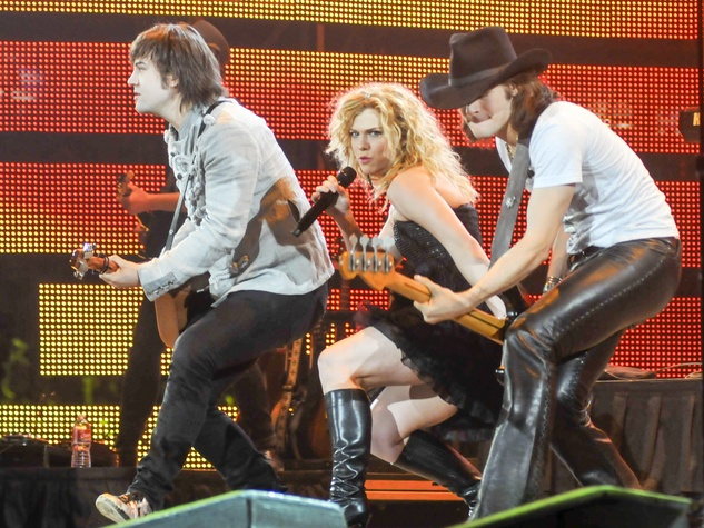 The Band Perry dip