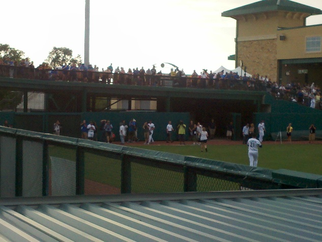 Roger Clemens crowd