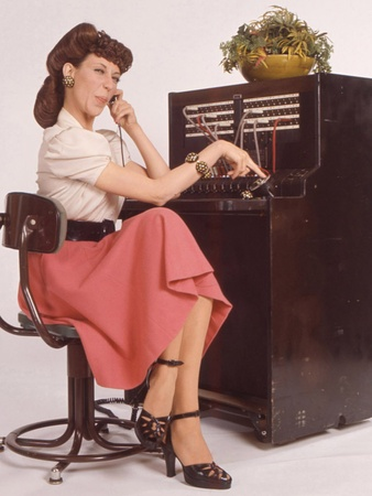 Lily Tomlin, Laugh In, Ernestine, switchboard operator