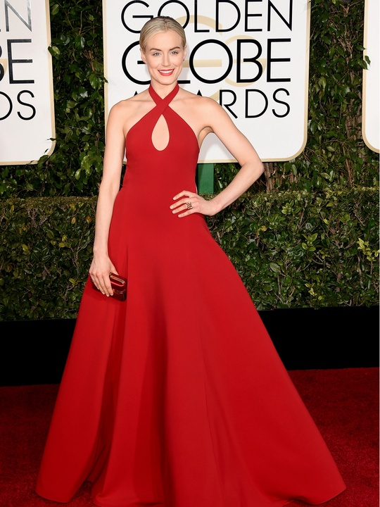Taylor SchillingTiffany jewelry at Golden Globes January 2015 Best actress nominee Taylor Schilling in Elsa Peretti® Bean® earrings in 18k gold and Tiffany & Co. Schlumberger® Dot Losange rings in 18k gold with enamel at the 2015 Golden Globe® Awards,