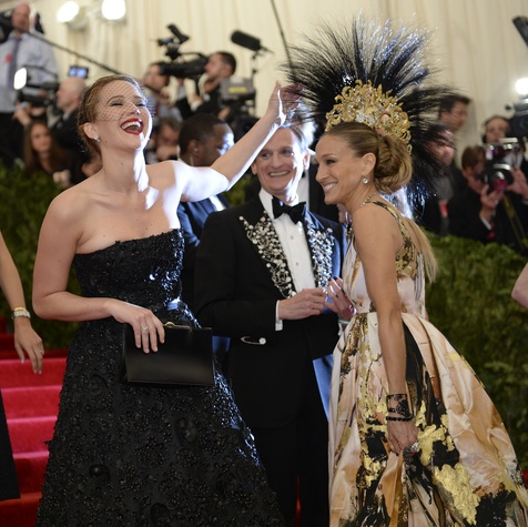 Jennifer Lawrence and Sarah Jessica Parker at the Met Costume Institute Ball