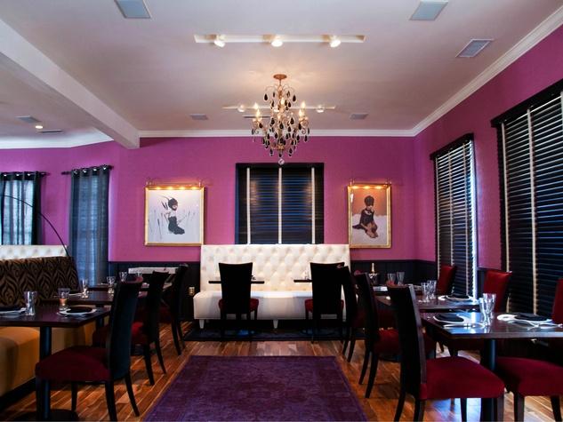 Interior of Belly & Trumpet restaurant in Dallas