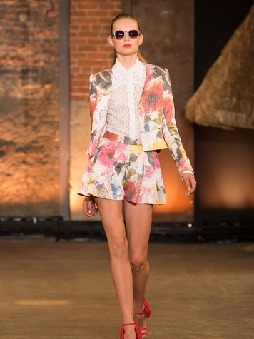 Fashion Week spring summer 2014 Christian Siriano Look 1