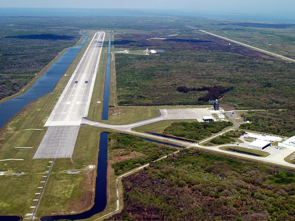 NASA, runway, sale, January 2013