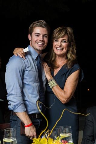 Josh Henderson, Linda Gray