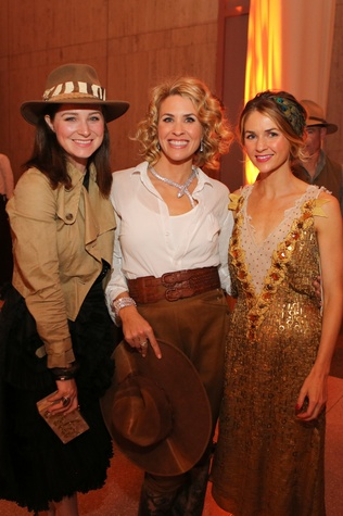 News, Shelby, Museum of Natural Science gala, March 2015Isla Jornayvaz, Amy Murchison, Courtnay Springmeyer
