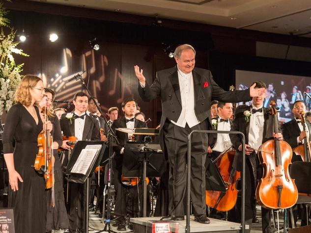 Andrzej Grabiec and Virtuosi orchestra at Virtuosi Gala