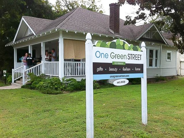 One Green Street, house, sign