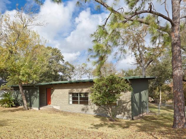 Tyler, mod house, 7919 Glenview, December 2012