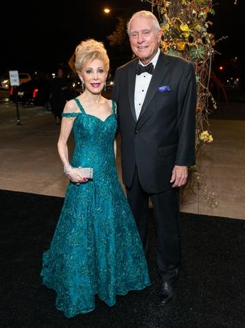 12 Margaret Alkek Williams and Jim Daniel at the MFAH Grand Gala October 2014