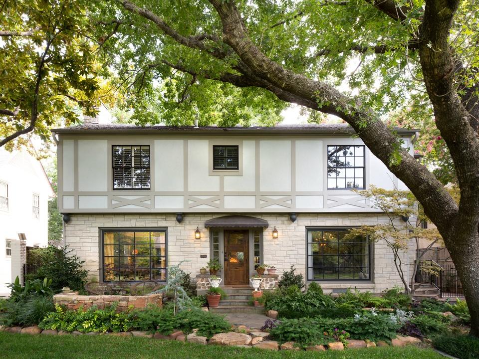 Lakewood Tour of Homes, 6616 Lakewood, Exterior