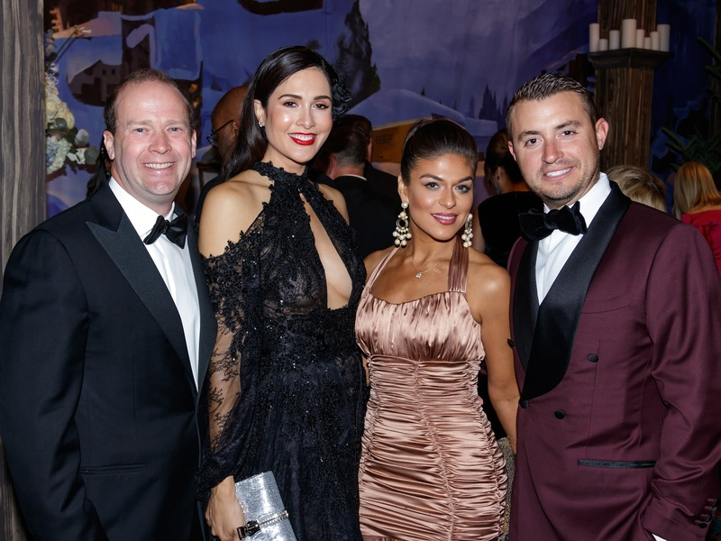 Dan Hunt, Toni Munoz-Hunt, Sabrina Harrison, Field Harrison, crystal Charity 2017