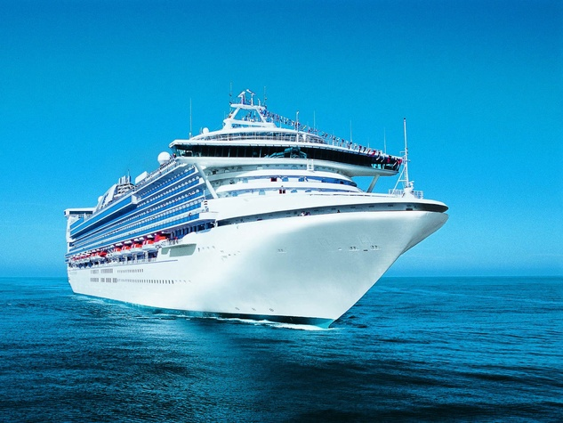 Princess Cruises cruise ship at sea