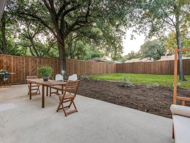 1639 Homewood Pl Dallas house for sale backyard