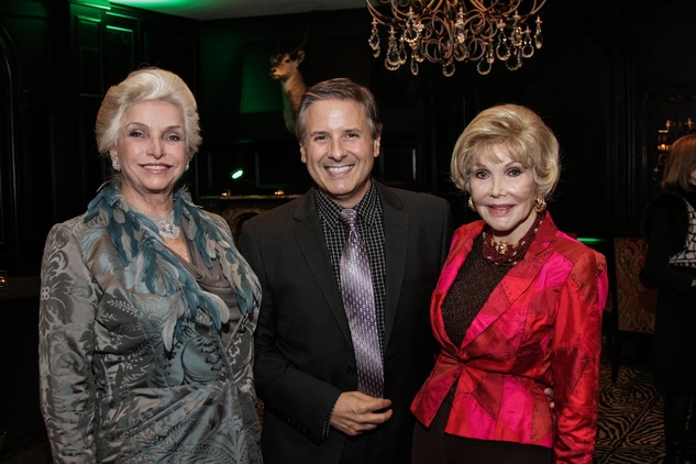 Lady Lorraine Palmer, from left, Ernie Manouse and Joanne King Herring at the Knowledge Arts Foundation dinner November 2013