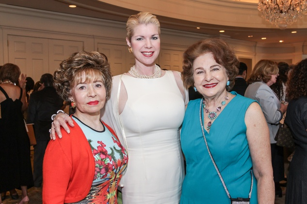 9527 Barbara Lagrange, from left, Katie Deutser Miller and Joanne Crassas at the National Kidney Foundation luncheon May 2014