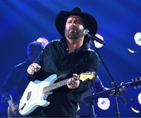 Houston Garth Brooks