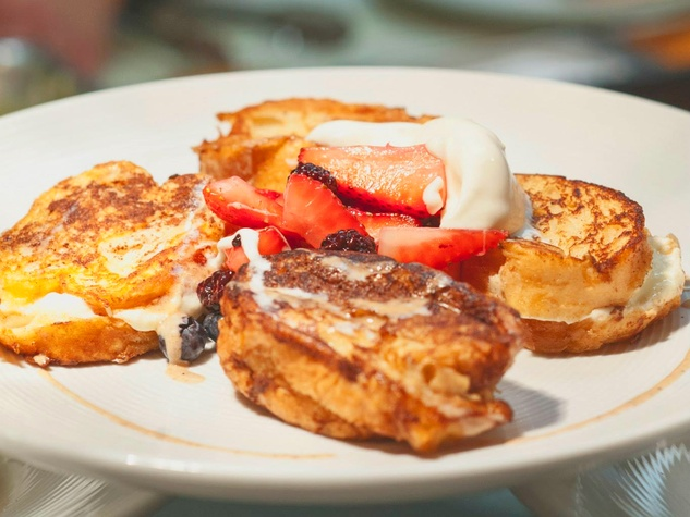 Brick & Spoon Restaurant pancakes with fruit
