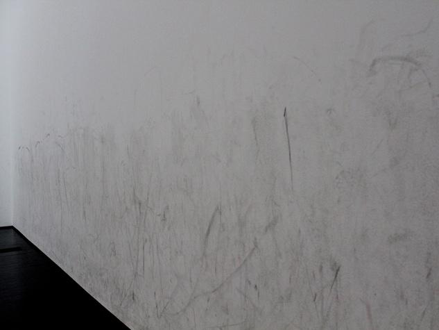 Menil_Silence_exhibition_Tino Sehgal