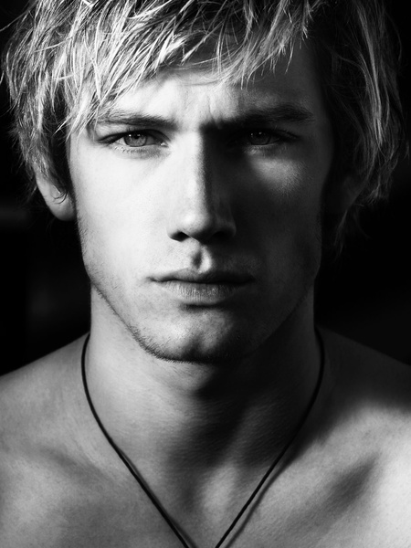 News_Greg Gorman_Alex Pettyfer