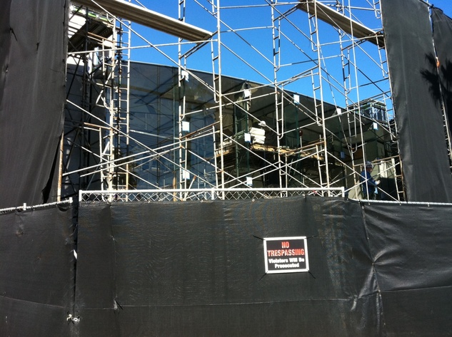 News_Clifford_Apple_Highland Village_exterior_Jan 2012