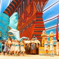 Houston Grand Opera Verdi's Aida with HGO chorus and supers