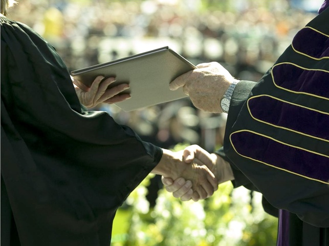 News_college_graduation_diploma
