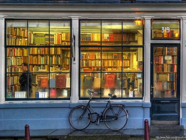 Book store netherlands