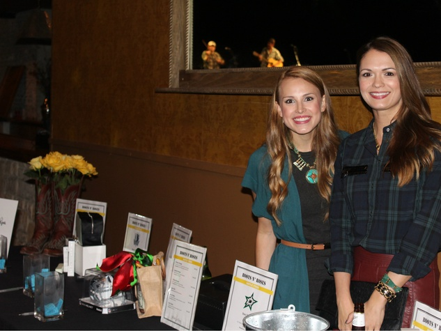 YRG Board members and National MS Society Representatives Meredith Byrnes and Shannon Nelson