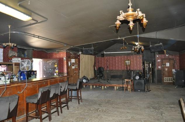 austin photo: places_bar_scoot_inn_interior