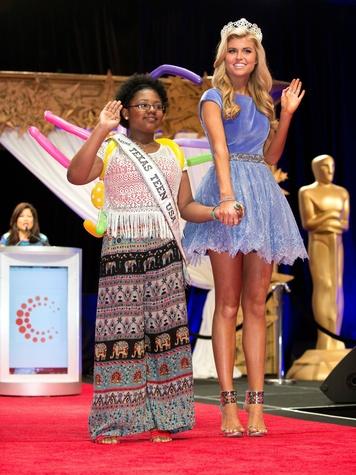 Candace Bennett and Kellie Stewart, Miss Texas Teen
