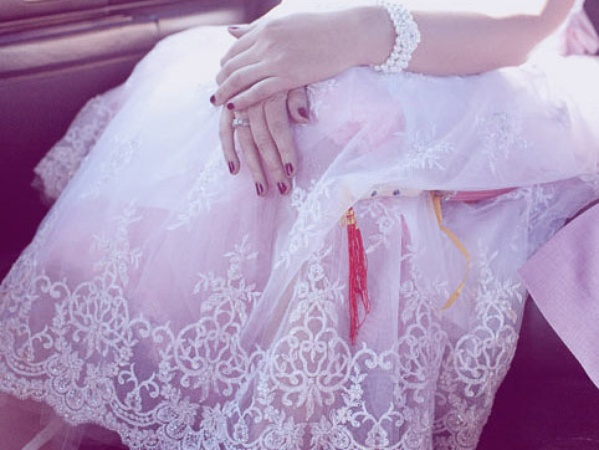 After divorce should you keep the wedding photos for the for What to do with old wedding dress after divorce