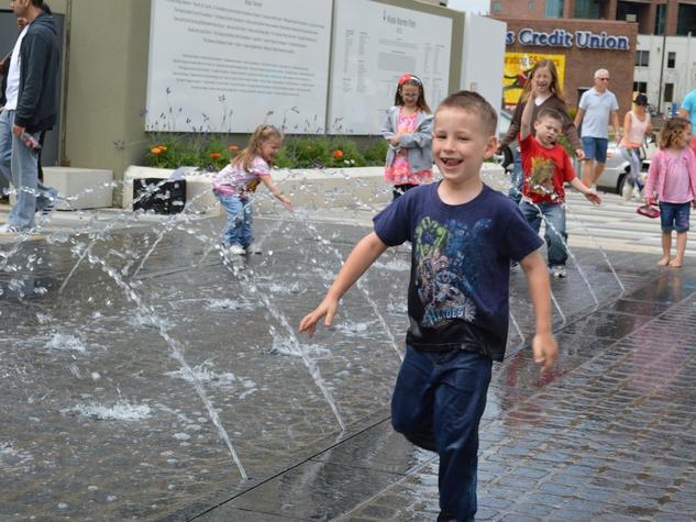 Fountains at Klyde Warren Park