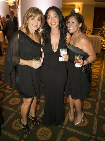 Leah Wells, Angela Beard, Jennifer Williamson