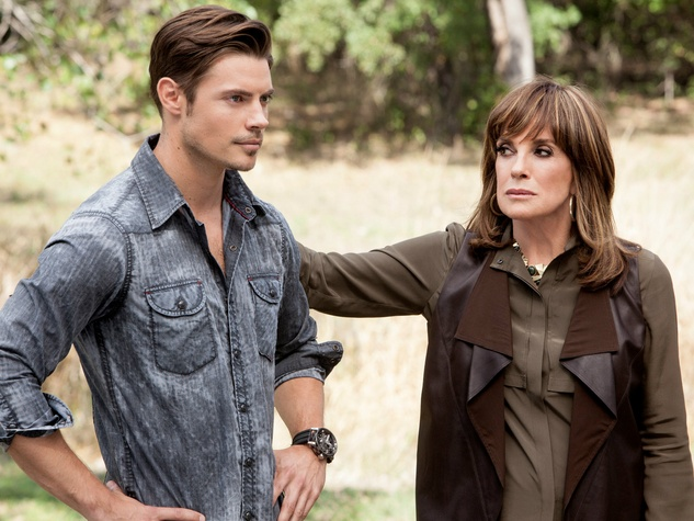 John Ross and Sue Ellen on Dallas season 3 episode 1