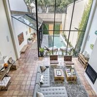 Houston, 1203 Berthea, September 2015, downstairs