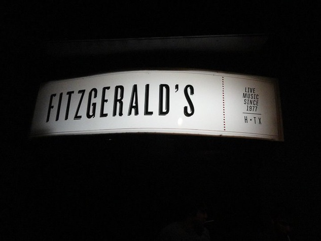News_Fitzgerald's_sign