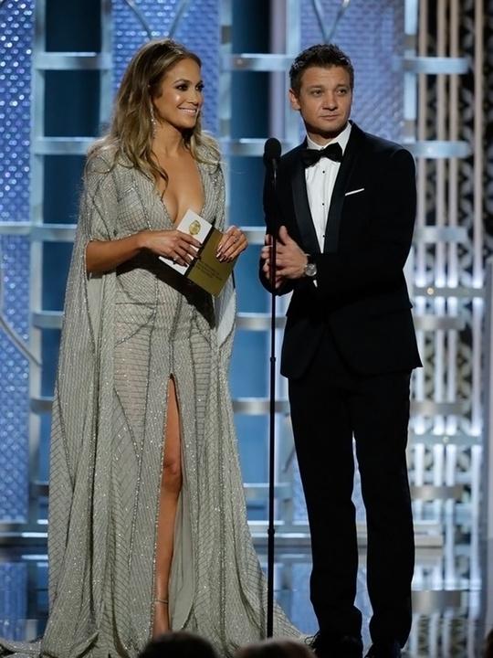 125 Jennifer Lopez and Jeremy Renner Golden Globes fashion January 2015