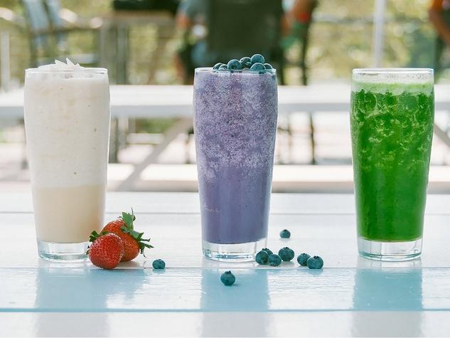 Alta's Cafe smoothies