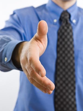News_hand_extended hand_handshake