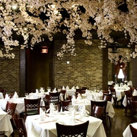 Places-Gigi's Asian Bistro-interior-1