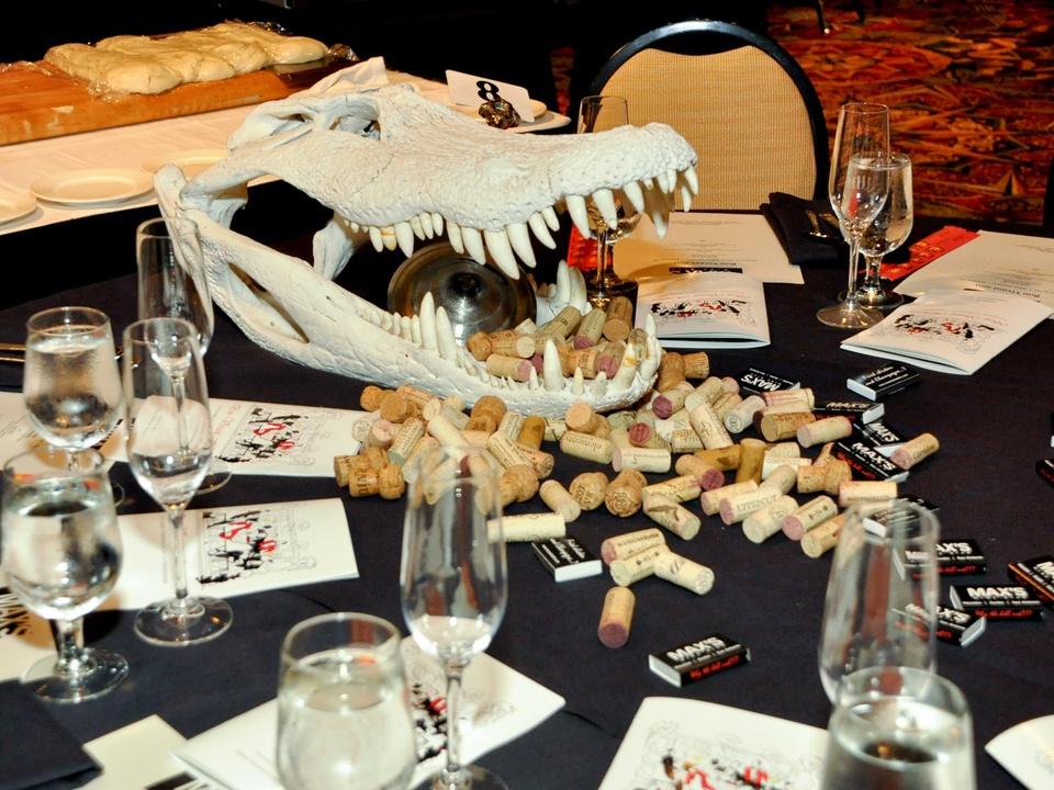 News_Bon Vivant_Max's Wine Dive table_table decorations_table setting